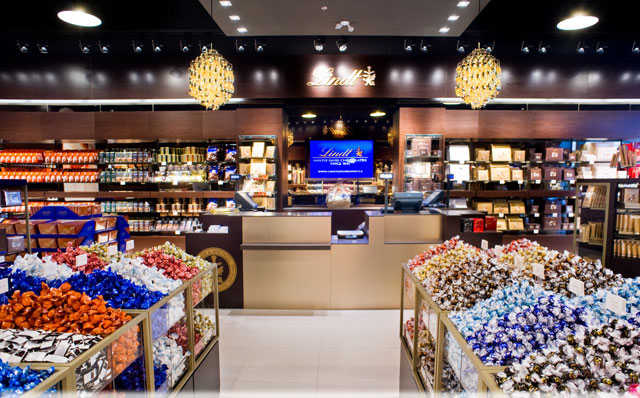 Lindt chocolate warehouse sale - Woodbury common prime outlets